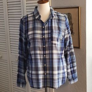 Old Navy blue plaid button down shirt